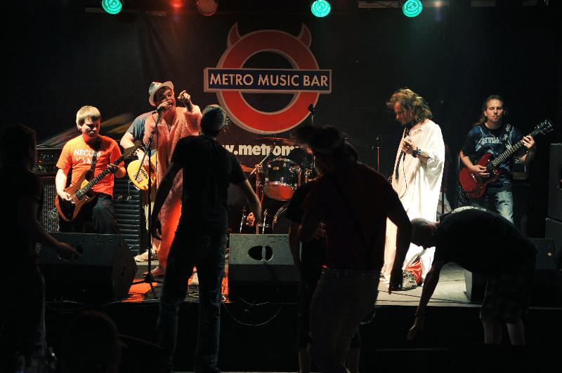 06-2010-koncert-metro-by-obrjen-20